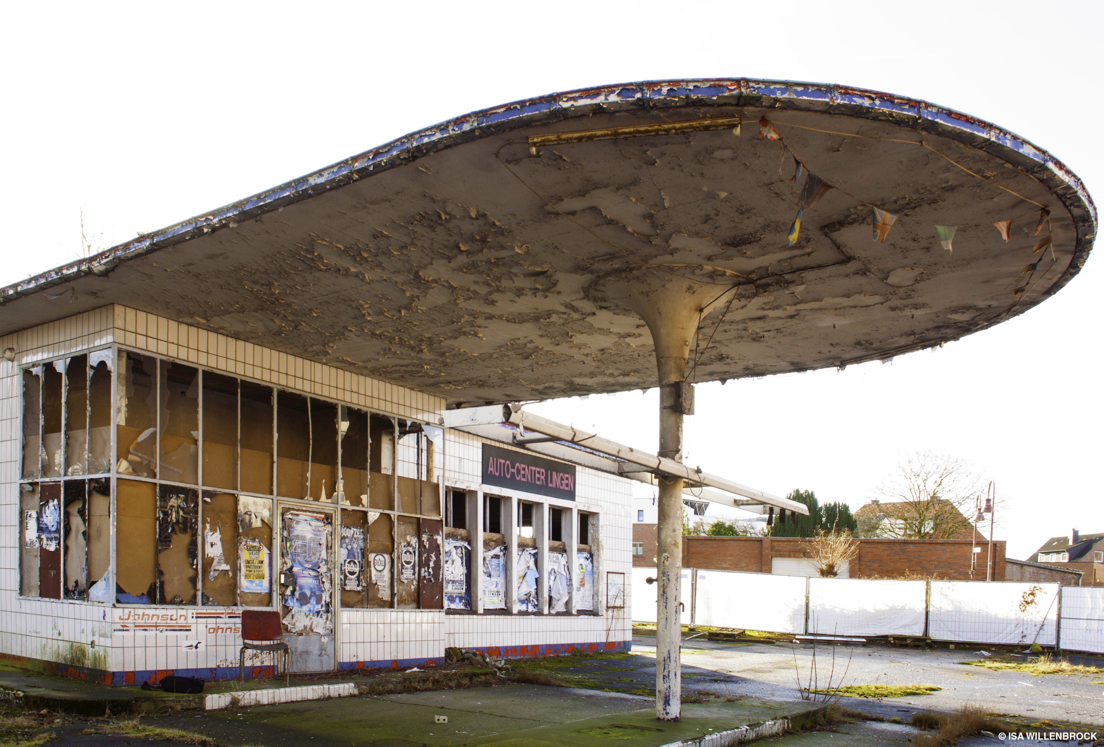 Die alte NITAG-Tankstelle in Lingen vor dem Umbau
