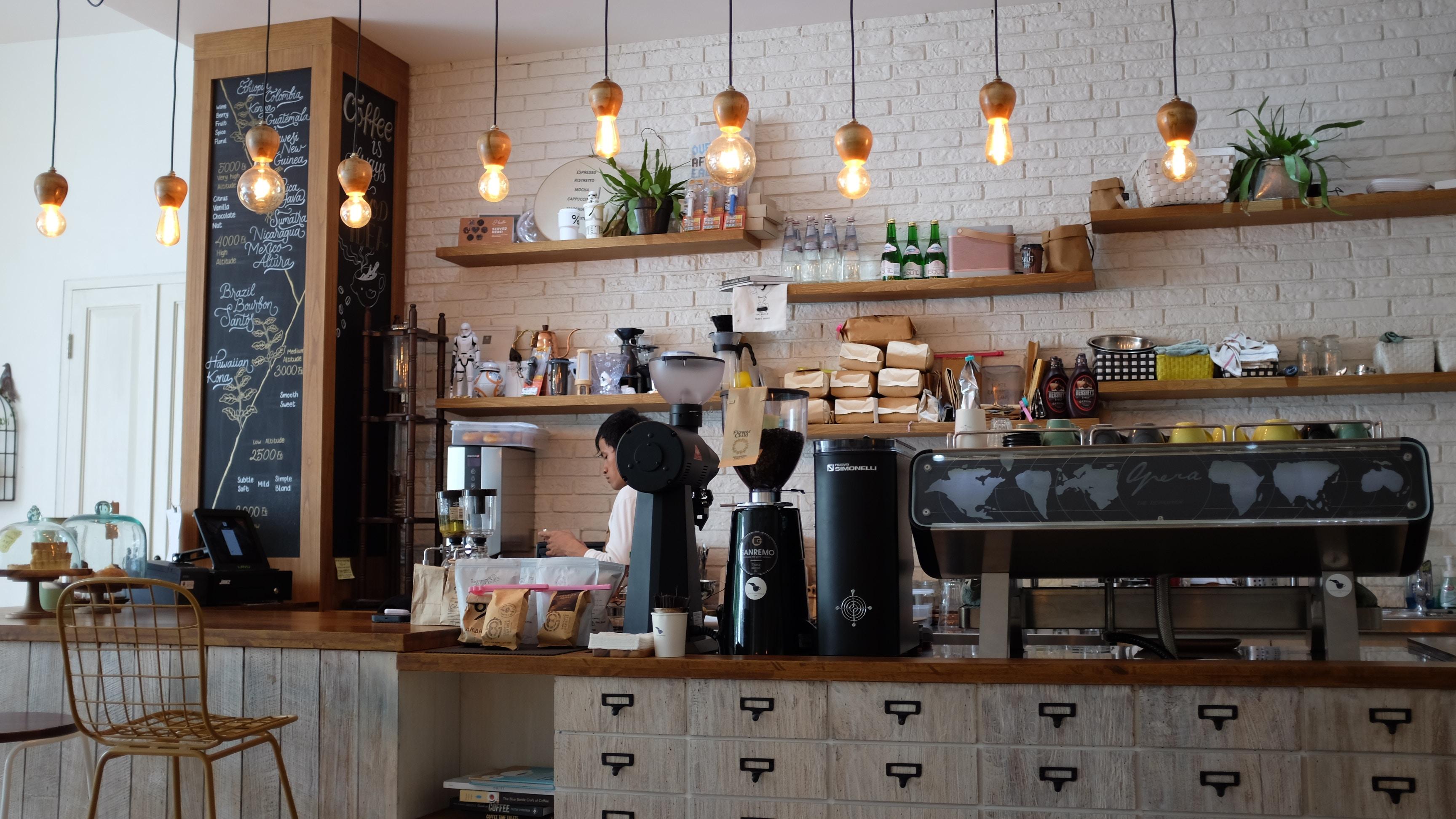 Mögliche Zukunft der Tankstellen: Umnutzung zum Café.