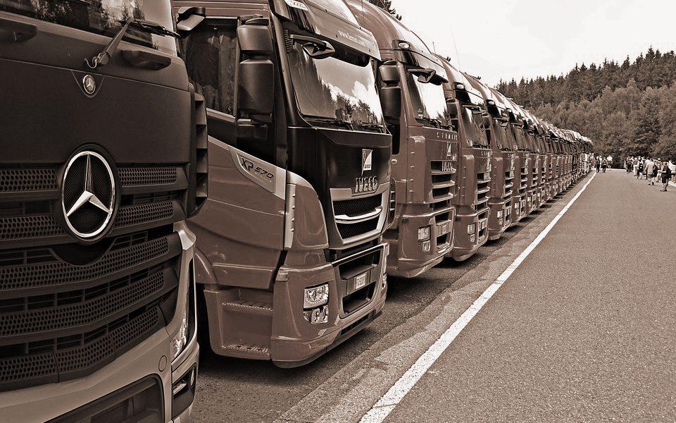 Lkw-Fahrer unter sich: Friede, Freude, Eierkuchen?   Stories from the Tanke.